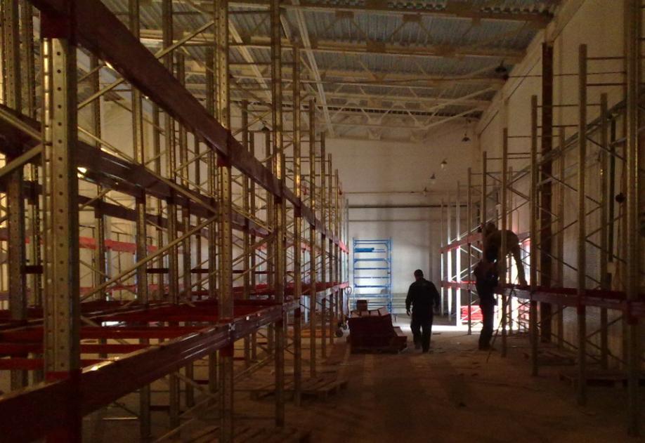 Профессиональный монтаж стеллажей и металлических конструкции